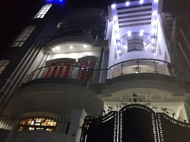 Luxury Guest House -Taj Enclave B-8  first floor.