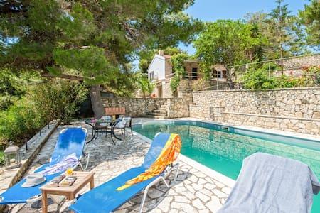 Villa Violeta at Antipaxos