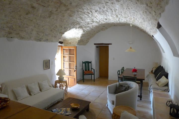Ideal base for exploring Luberon