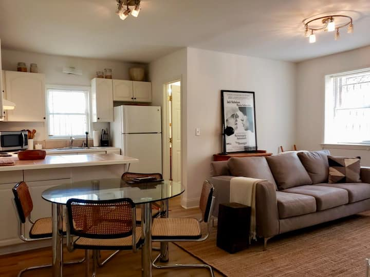 Charming 1st Floor 1BR on Main St Near Metro North