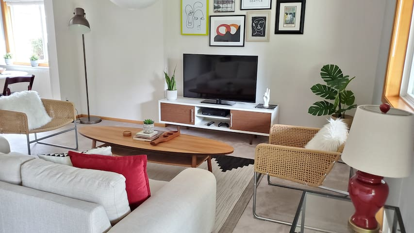 Modern Private Apartment by Mill Creek Town Center