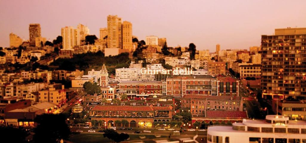 Three Bedroom, City View Residence - San Francisco - Loft