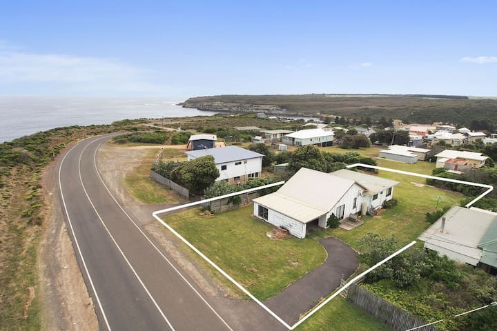 Affordable Seaside Family Escape - Port Campbell - Hus