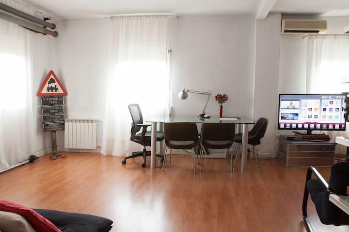 Quiet Loft 15 minutes from city centre - Madrid - Apartemen