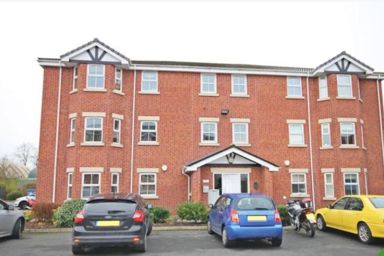 Close to Stockton Heath 1 bedroom apartment