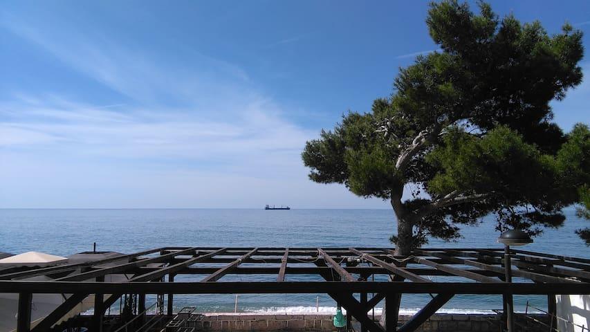 Beach House VILLA MILA, Sutomore Montenegro - Sutomore