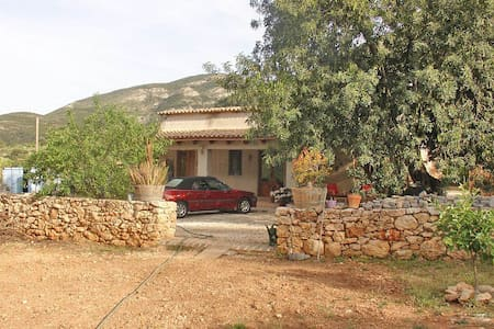 Finca with private pool in a tranquil location - Benigembla