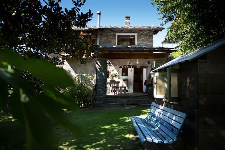 Lo Talapan: an elegant farmhouse - Rovarey - Apartment