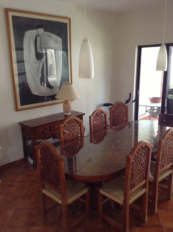 Hermosa habitación privada en linda casa c/alberca