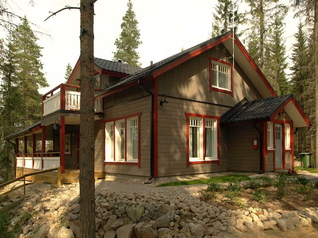 Holiday home in Finnish Lakeland - Kangasniemi - Casa