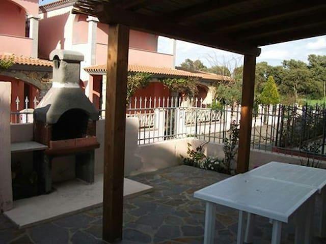 """""""Villetta a schiera S.Teodoro"""" - San Teodoro - Hus"""