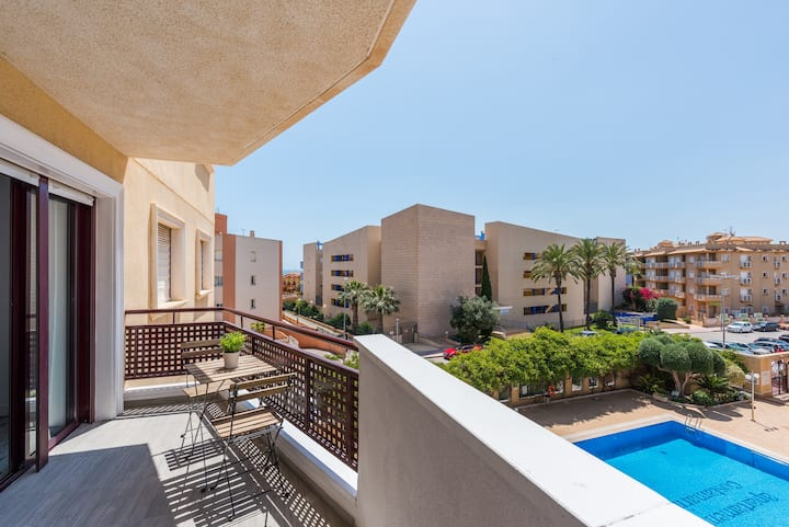Recently renovated 2 bed apartment in Cabo Roig