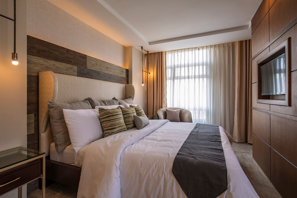 Master's Bedroom King Bed