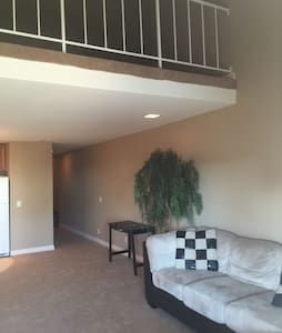 Beautiful Apartment with ocean view - Port Hueneme