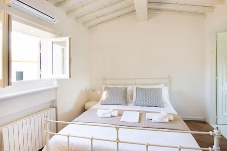 B&B Casamia Suite - Lola Room - Bed & Breakfast