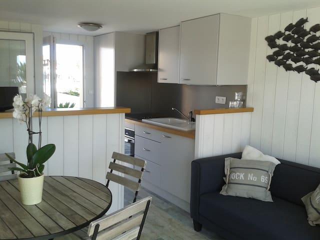 Maison sur les rives du chenal de la Perrotine - Saint-Pierre-d'Oléron - Ev