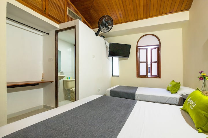 Ayenda 1411 Caney Sede Ingenio, Quadruple Room