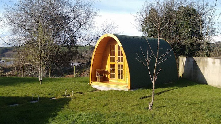 Pete's Pad Garden Glamping