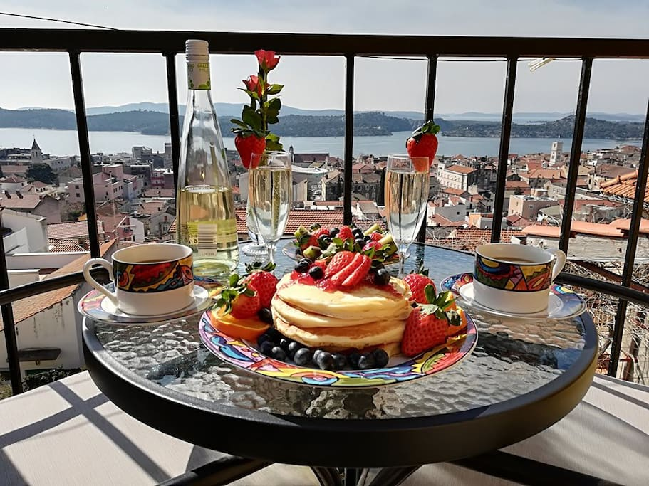 You can make your own breakfast and enjoy the view! Why go to a busy restaurant!