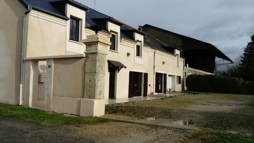 Chambre à la campagne entre Reims et Charleville