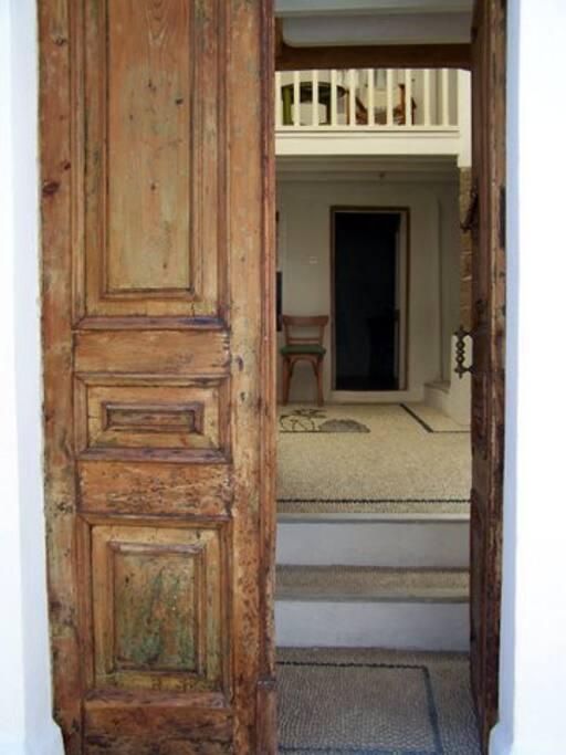 Entrance Entrata