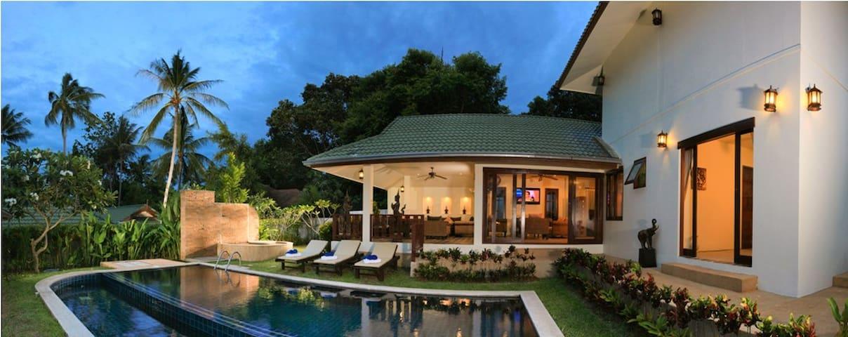 Tamarind 5 Bedroom Idyllic Grand Pool&Beach Villa
