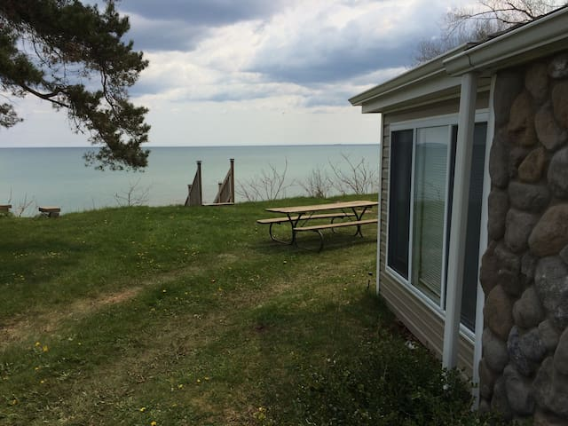 Lakefront Cottage Private Beach