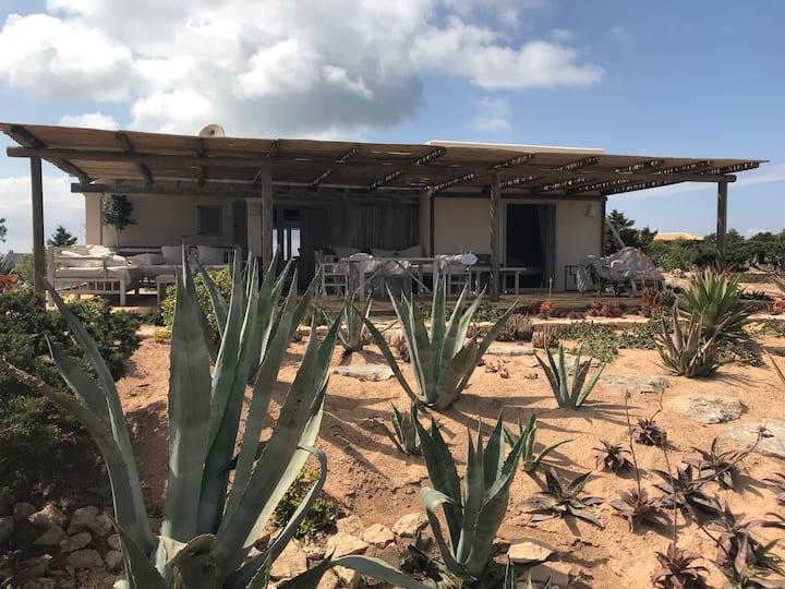 Villa Mayc
