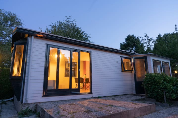 New Completely Renovated Chalet 'Hoge Veluwe'