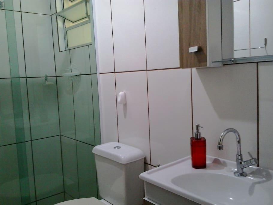 Banheiro privativo..