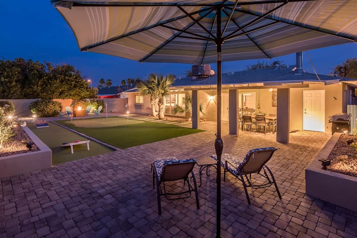 Entertainers Dream in Old Town Scottsdale