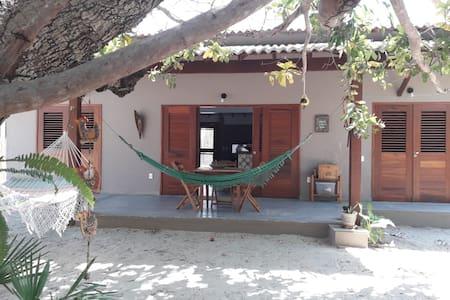 Casa de Praia, nova, 3 quadras da praia