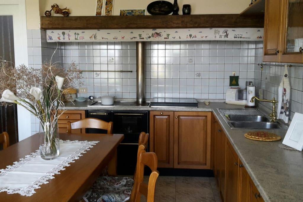 Casa ai piedi di asolo reihenh user zur miete in asolo for Casa di 2000 piedi quadrati