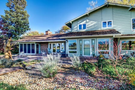 Peaceful Niwot Farm Property - Longmont