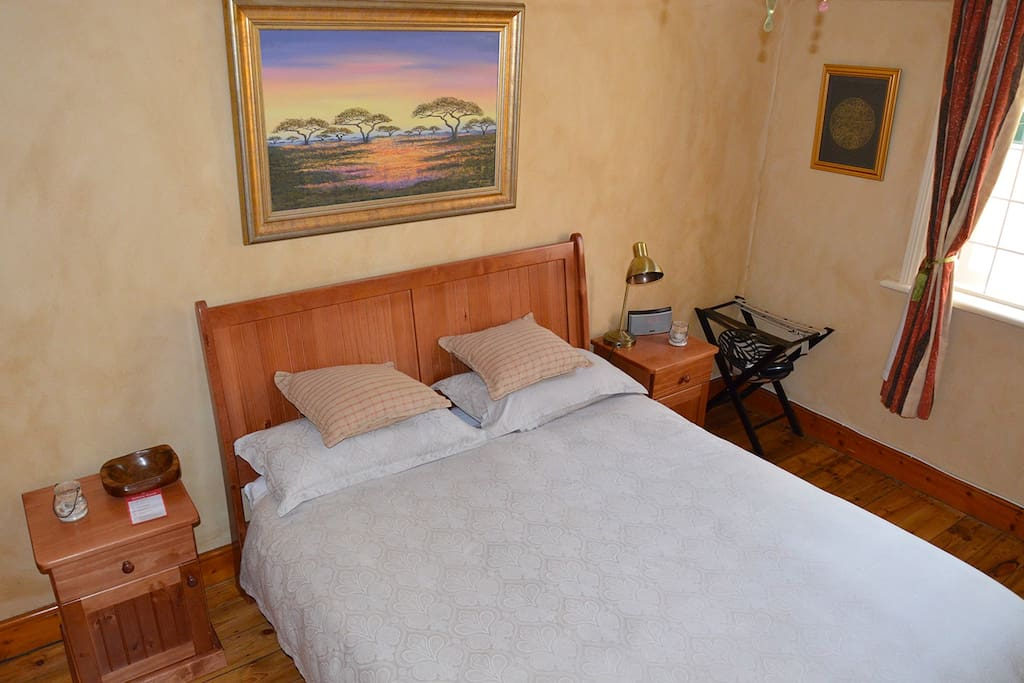 Comfortable for 1 or 2 people, short or long stay.