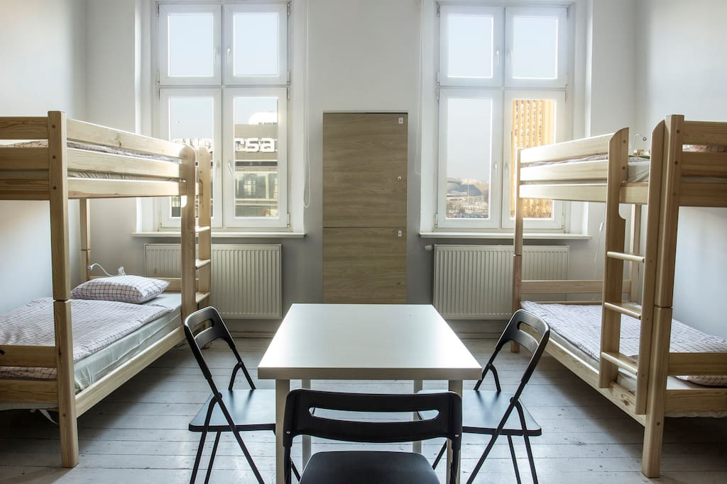 Bed in mixed dorm (8 bed)