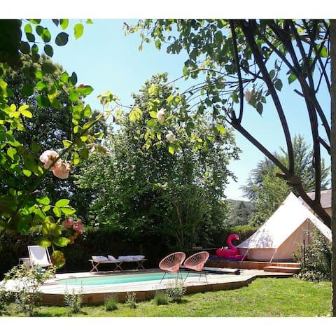 """l'épicerie du pape"""" bed&breakfast""""-guest house"""