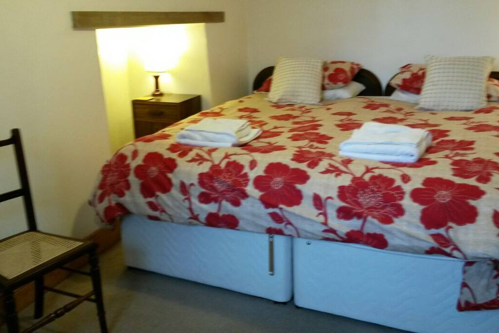 Ground floor bedroom. Bed can be split into singles.