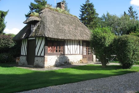 Romantic thatched little cottage - Berville-sur-Mer
