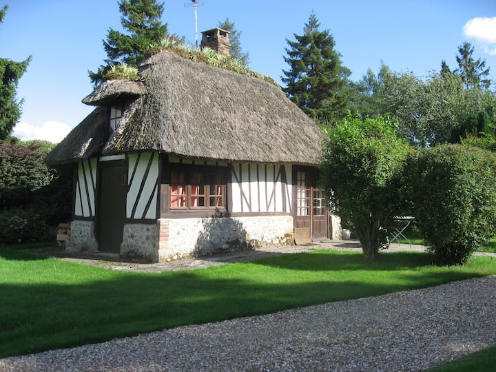 Romantic thatched little cottage