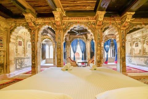 En vistelse på 1400-talet i ett Maharaja-rum!