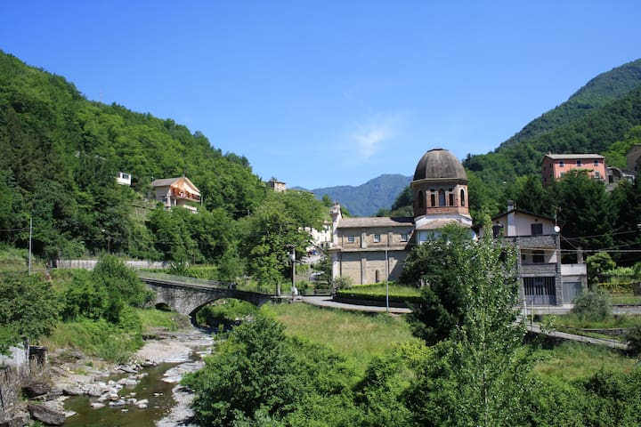 Large Studio Apartment 30km from Portofino/ Genova