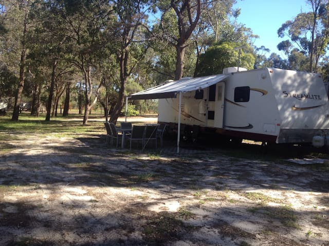 Huge Modern Caravan in 'the bush' - Furnissdale