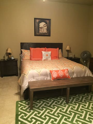 Luxury Guest House - New Braunfels - Guesthouse