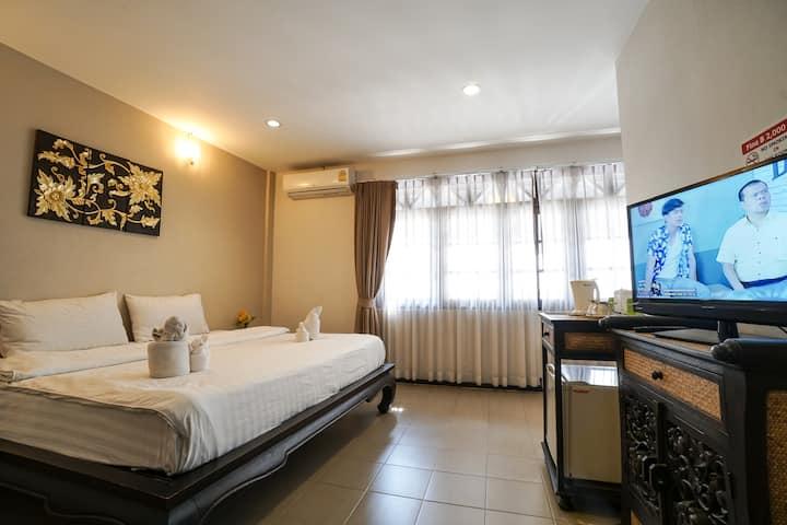 Deluxe Family room Chiangmai City Center 119