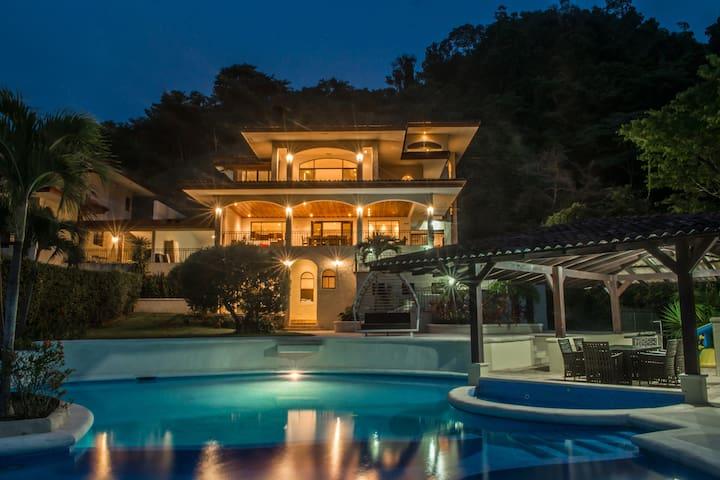 9BED Estate JACO Casa Grande #2 Pool Los Suenos
