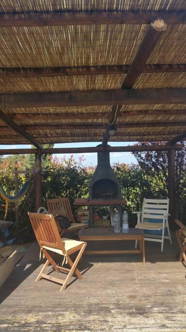 Area  barbecue e lettura