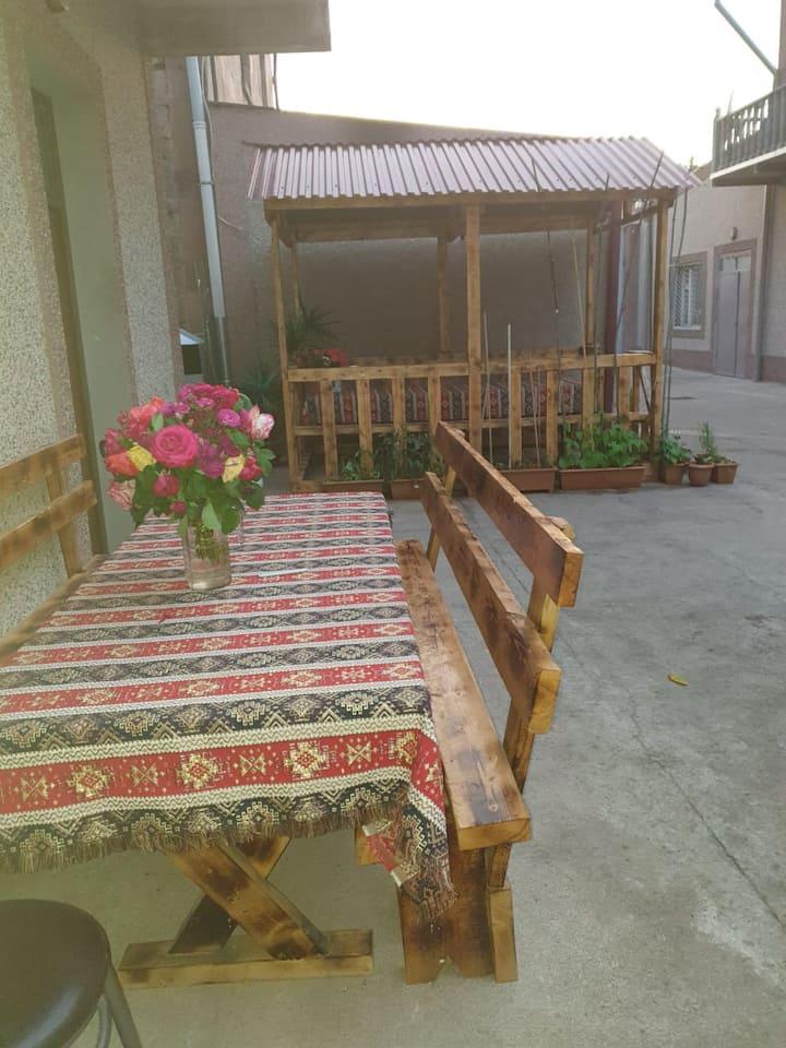 Tatev Shinuhayr Hotel