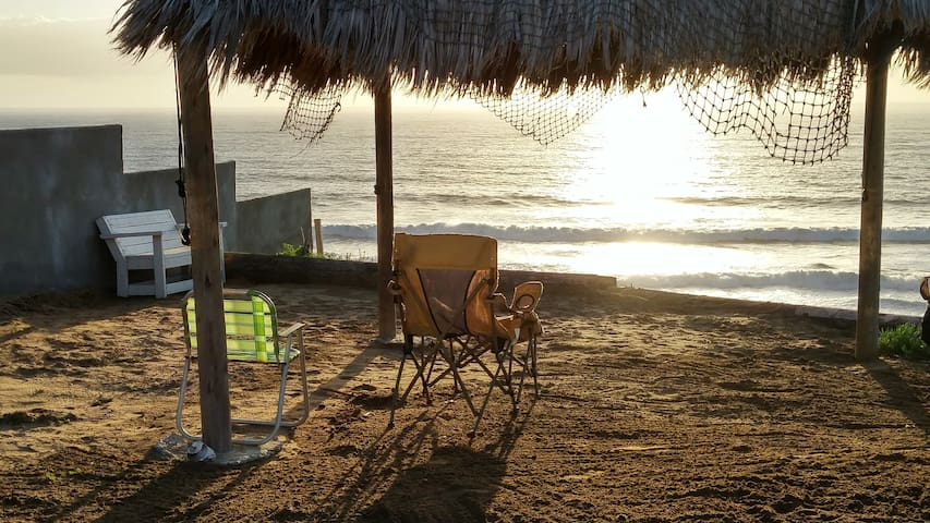 ENJOY PRIVATE SUNSET OCEAN FRONT ACCESS HIDE-AWAY - Rosarito - Haus