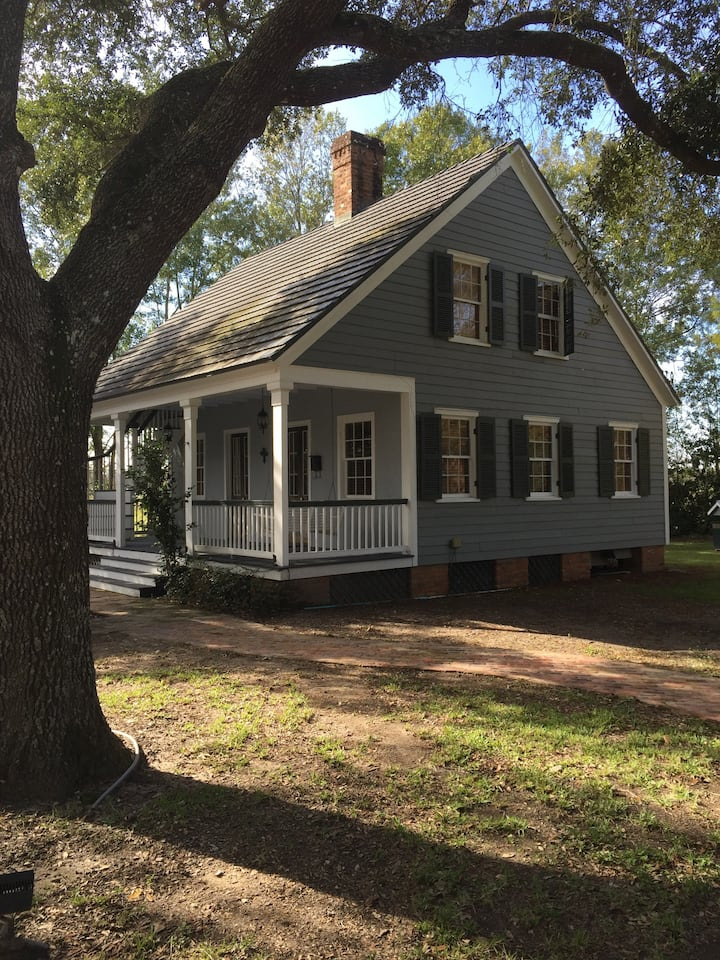 Orange Grove Plantation Cottage - Houses for Rent in Houma ...